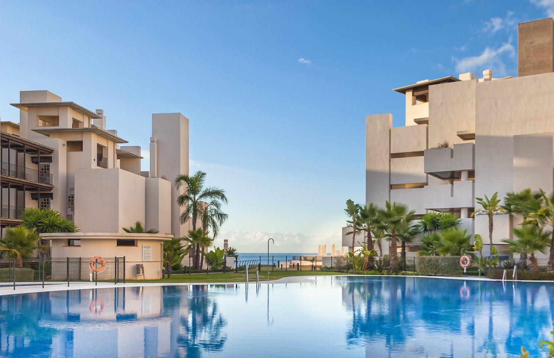 Luxury apartments frontline beach in Estepona