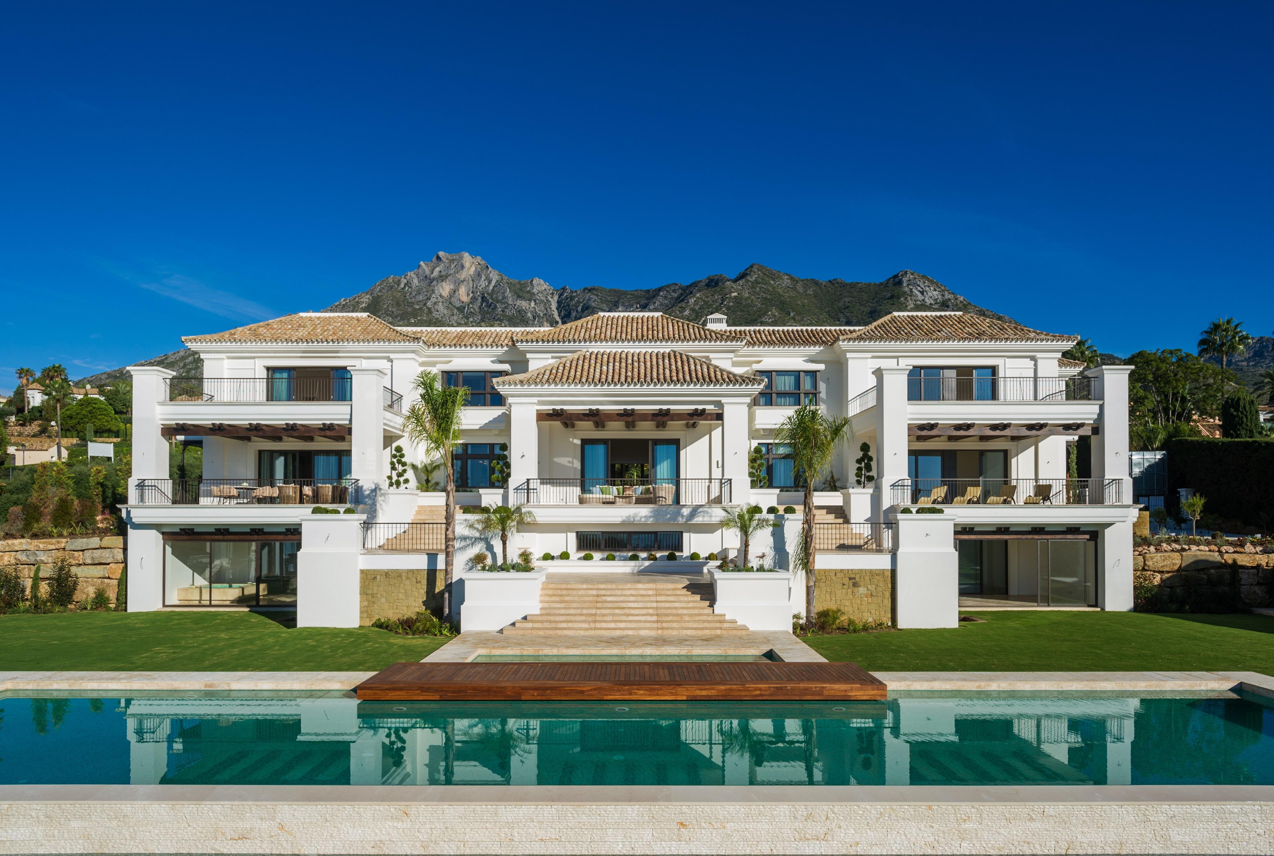 Magnificent villa in Sierra Blanca