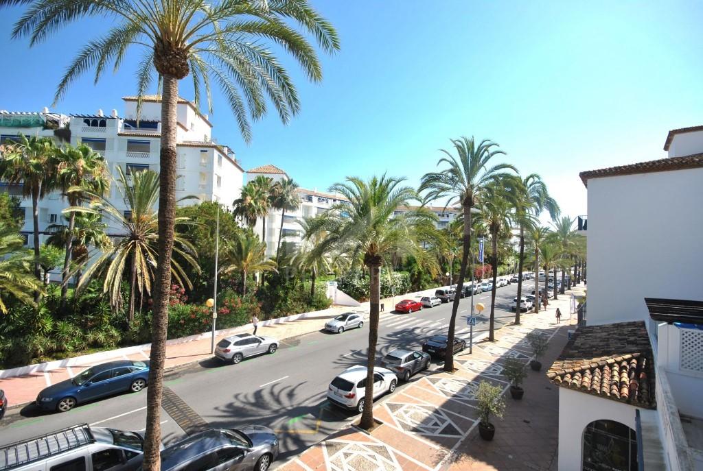 Great apartment in Playas del Duque