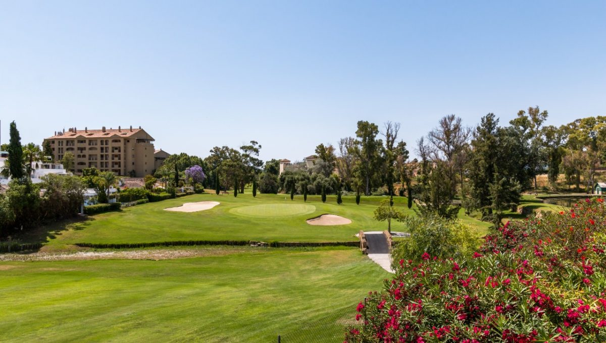 17-GOLF-DISCOUNT-PROPERTY-CENTER-MARBELLA