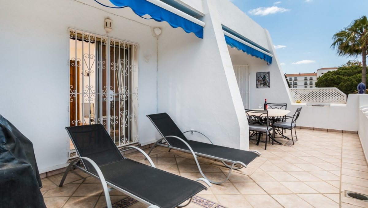 3-TERRACE-DISCOUNT-PROPERTY-CENTER-MARBELLA