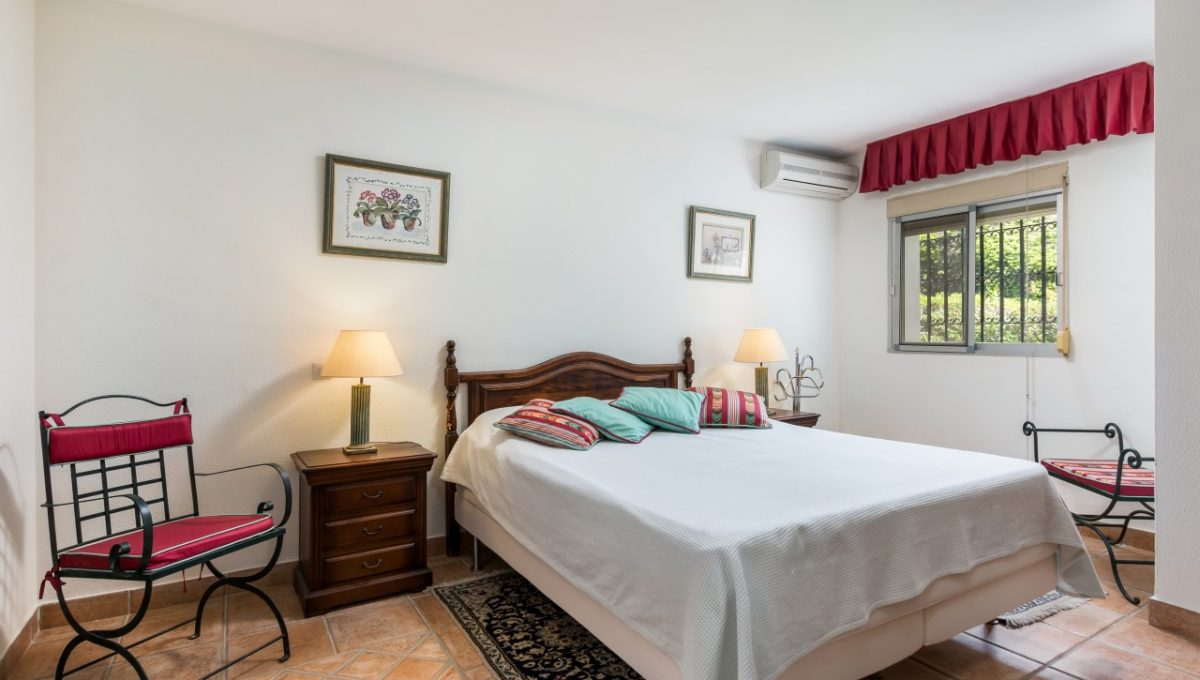 9-BEDROOM-DISCOUNT-PROPERTY-CENTER-MARBELLA