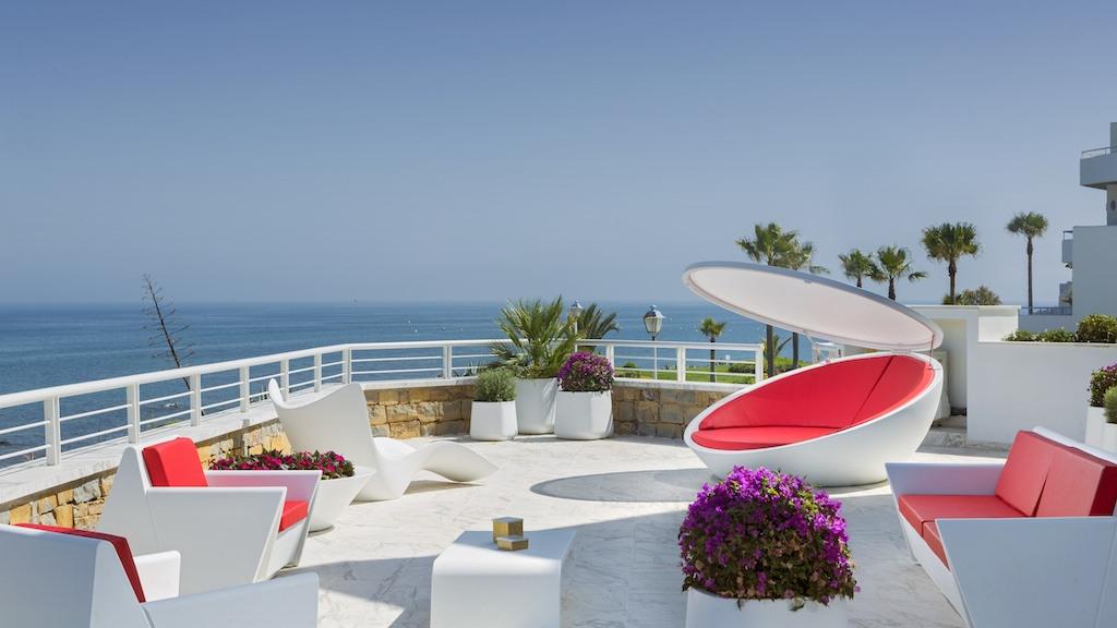 Incredible apartments in Casares Costa