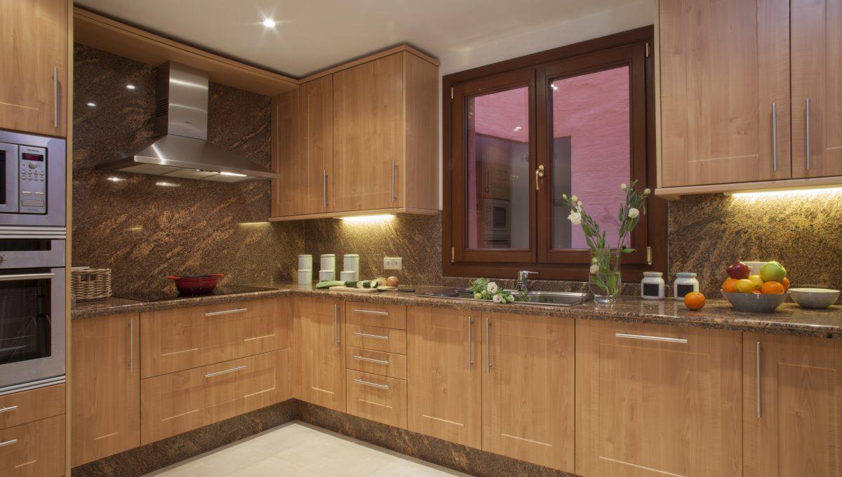 Kitchen_hr