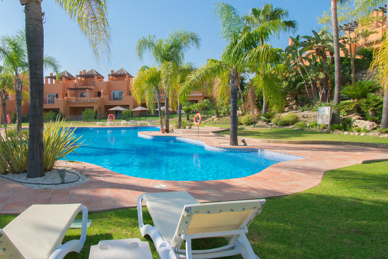 Great townhouse for rent in El Paraiso