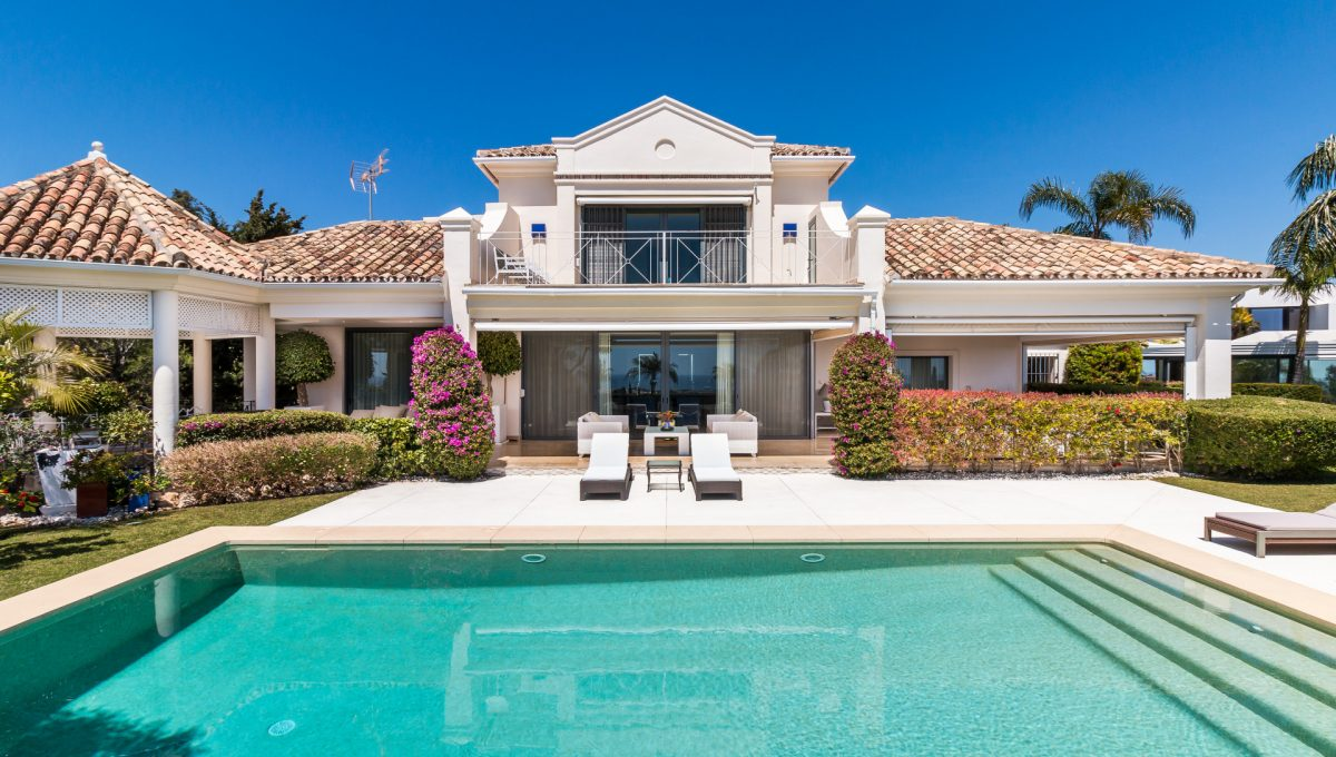 villa-for-sale-in-la-quinta