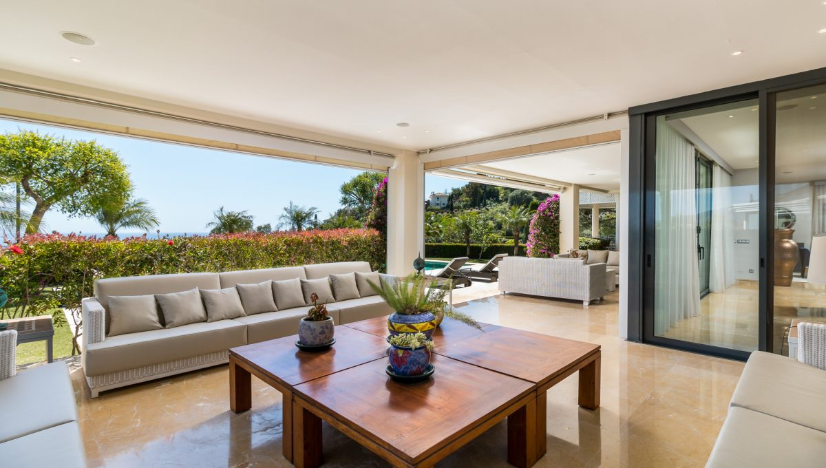 villa-for-sale-in-la-quinta-terraces